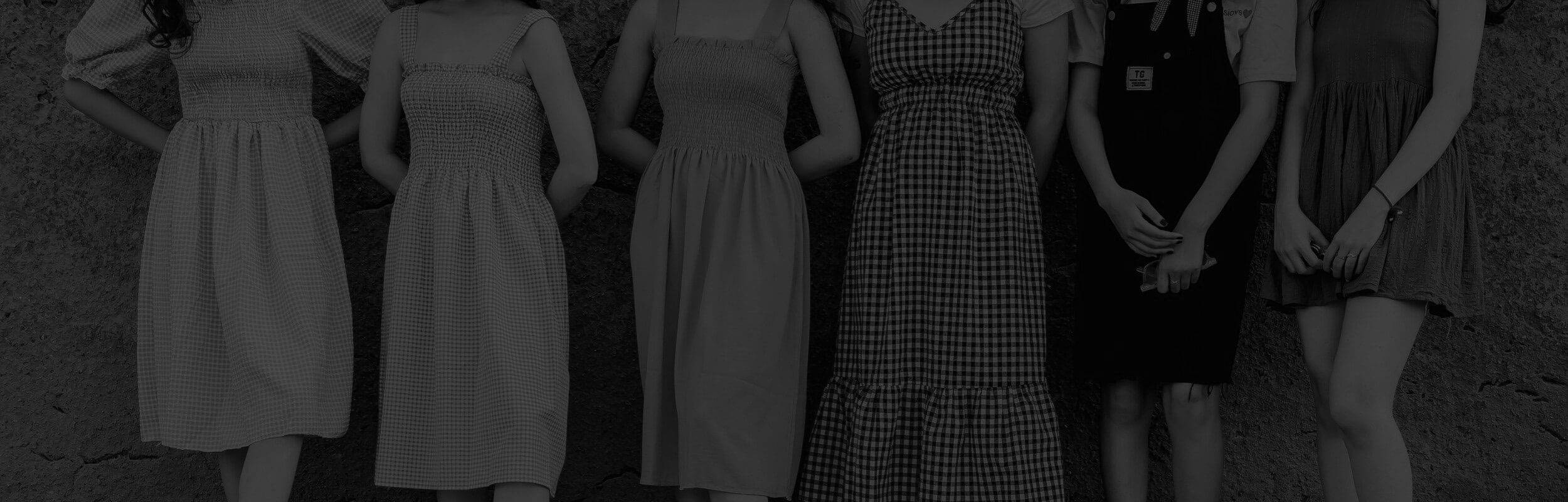 ženy v letných šatách